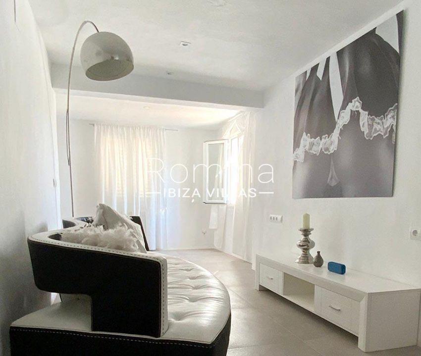 romina-ibiza-villas-rv-923-24-villa-banan-3interior