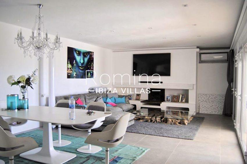 romina-ibiza-villas-rv-923-24-villa-banan-3living dining room