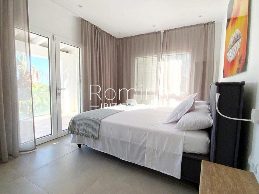 romina-ibiza-villas-rv-923-24-villa-banan-4bedroom4