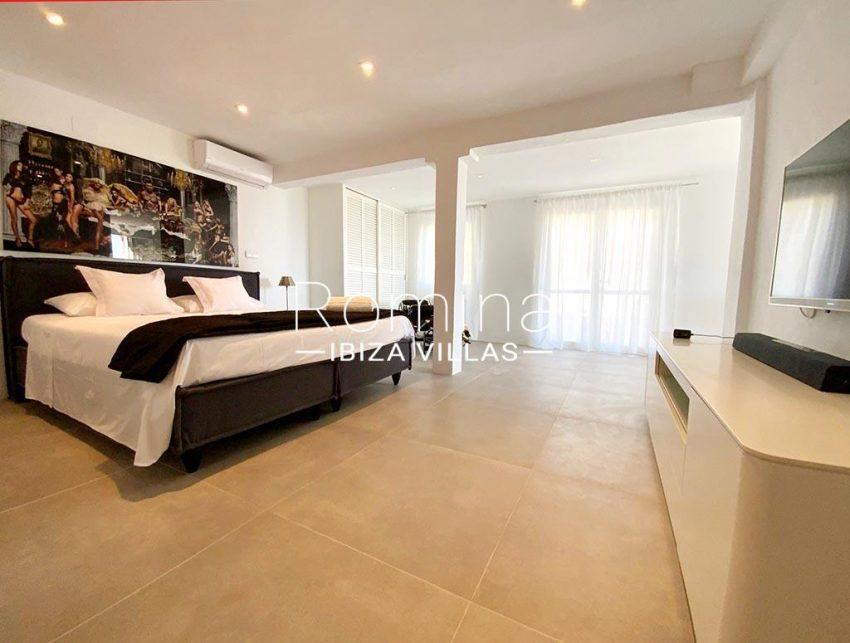 romina-ibiza-villas-rv-923-24-villa-banan-4bedroom5