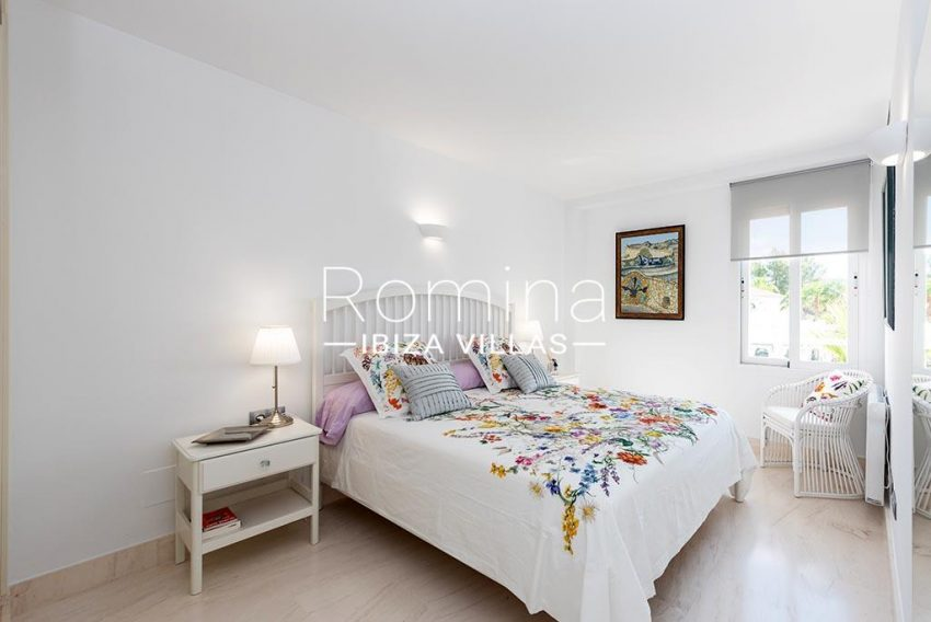 romina-ibiza-villas-rv-927-26-4bedroom2