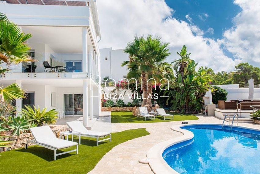 romina-ibiza-villas-rv-931-71-villa-cobra-2pool terrace garden
