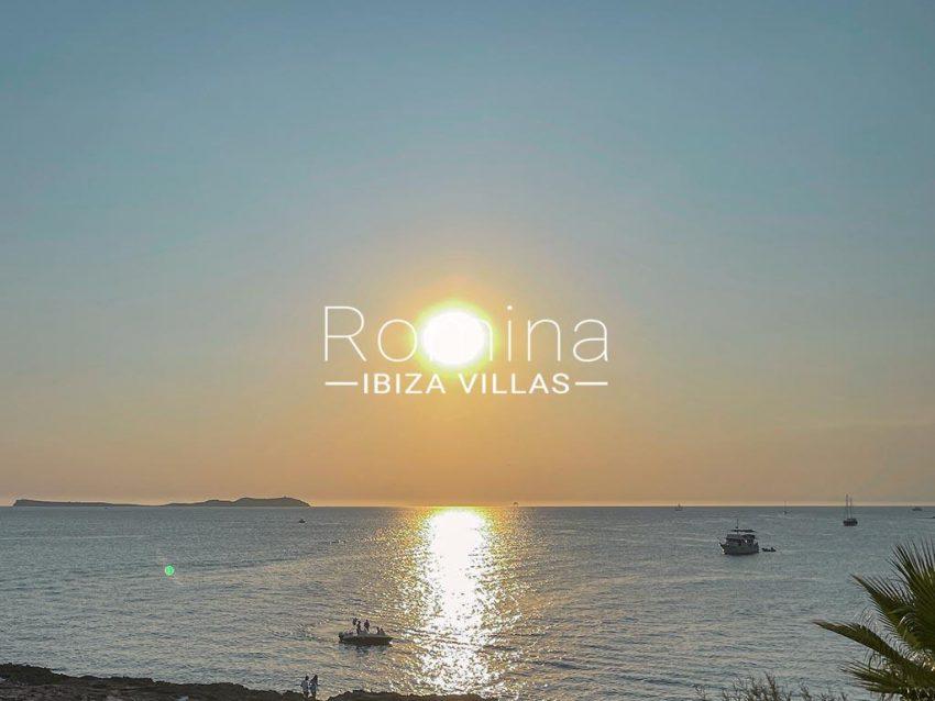 romina-ibiza-villas-rv-933-57-apto-calo-mar-1sea view sunset2