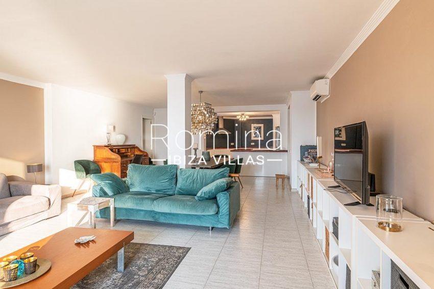 romina-ibiza-villas-rv-933-57-apto-calo-mar-3living dining room kitchen