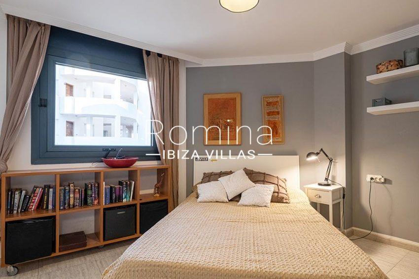 romina-ibiza-villas-rv-933-57-apto-calo-mar-4bedroom1bis