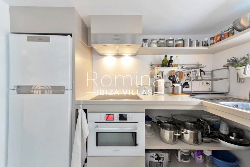 romina-ibiza-villas-rv-935-73-atico-goleta-3zkitchen