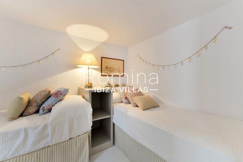 romina-ibiza-villas-rv-935-73-atico-goleta-4bedroom twin