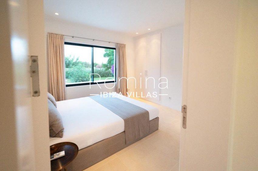 romina-ibiza-villas-rv-936-56-villa-hermone-4bedroom2