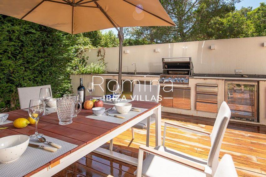 romina-ibiza-villas-rv-937-48-villa-malibu-2terrace dining area kitchen